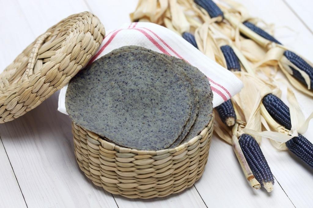 How to Make Corn Tortillas: Nixtamalizing and Grinding Dried Corn