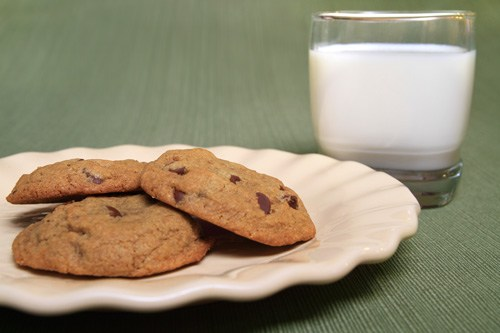 Baking Gluten Free Cookies with Coconut Flour