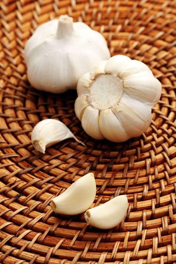 garlic_beats_drug_detoxifying_lead
