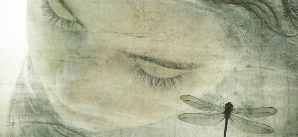 Menarche-Aged-Girl-with-Dragonfly-by-Catarina-Carneiro-de-Sousa