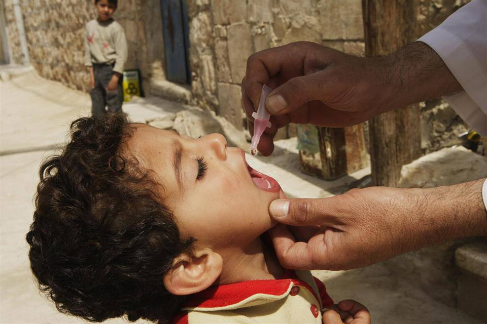 live-oral-polio-vaccine-syrian-children