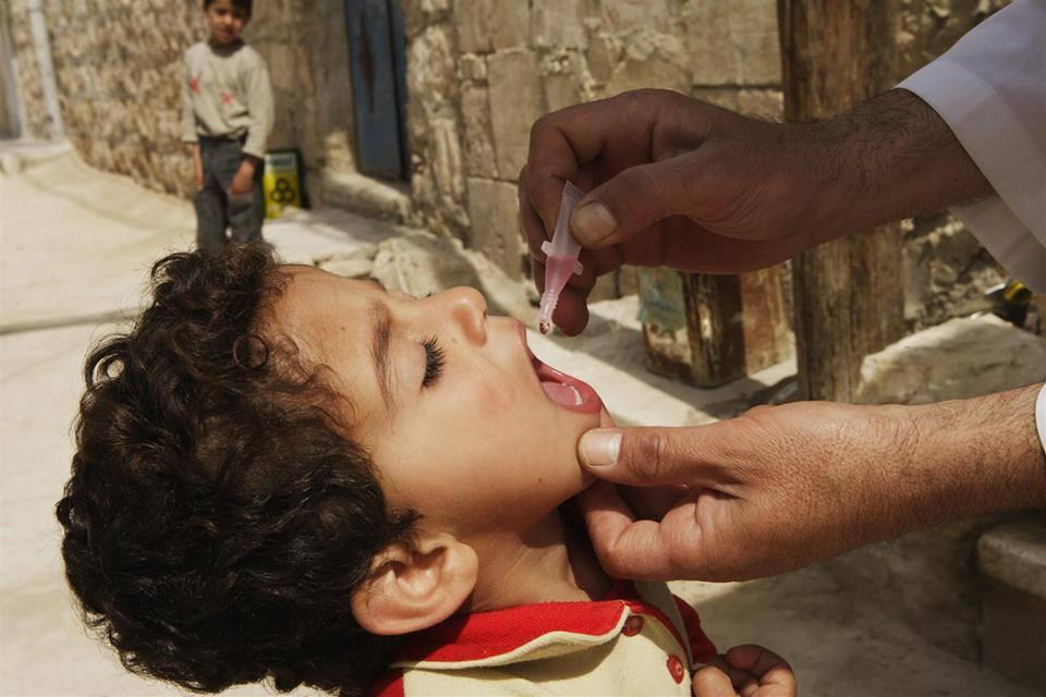 live-oral-polio-vaccine-syrian-children