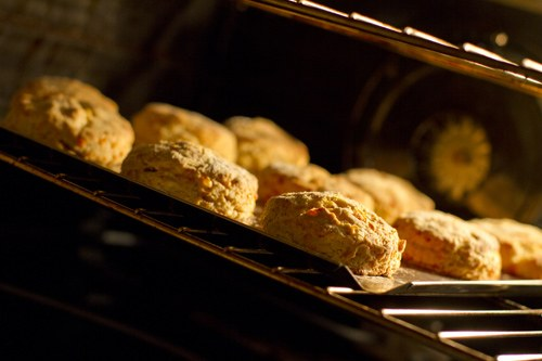 cheesy_einkorn_biscuits