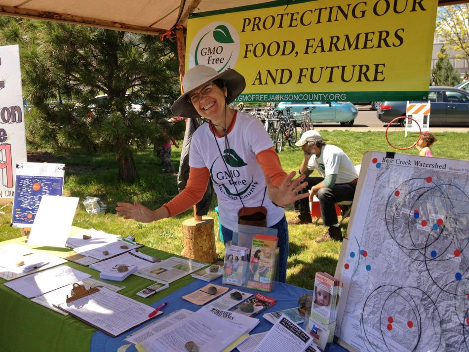 GMO-free-Jackson-county-booth