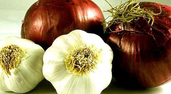 onions-and-garlic-600x330