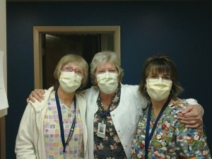 nurses-3-wearing-masks-300x225