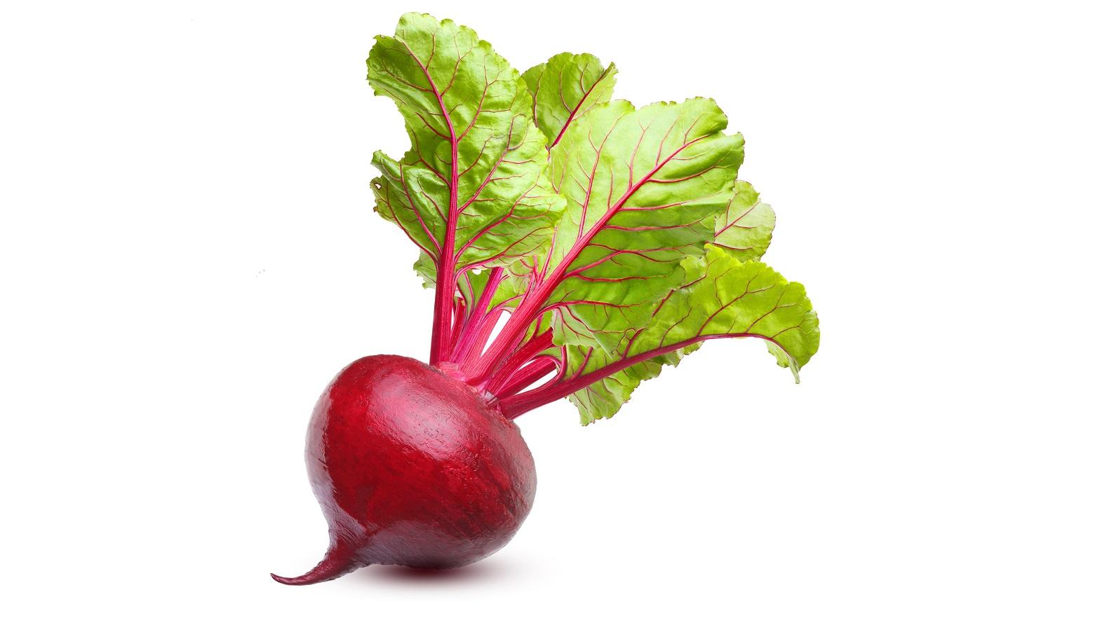 Beetroot with leaves, fresh whole beet isolated on white backgro