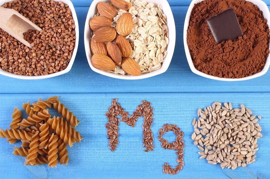 Mg ingredients and products containing magnesium and dietary fiber healthy nutrition wholemeal pasta sunflower buckwheat oatmeal linseed almonds chocolate powdery cocoa
