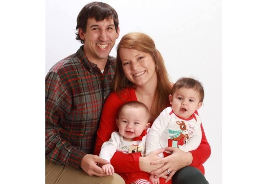 Jennifer-Ray-family-portrait-FB