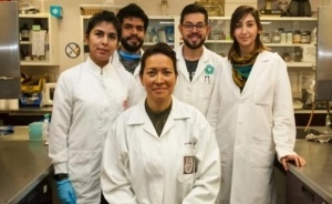 Eva-Ramón-Gallegos-with-colleagues-300x184