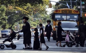 Orthodox-Jews-NYC-FB-300x186