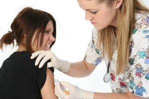 teen-girl-gardasil-vaccine-300x200