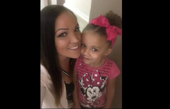 Nikkie-Holliday-and-her-daughter-FB