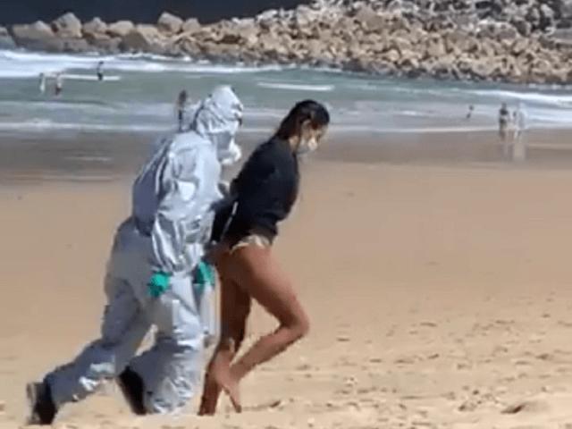 Lifeguard-Spain-Beach-640x480